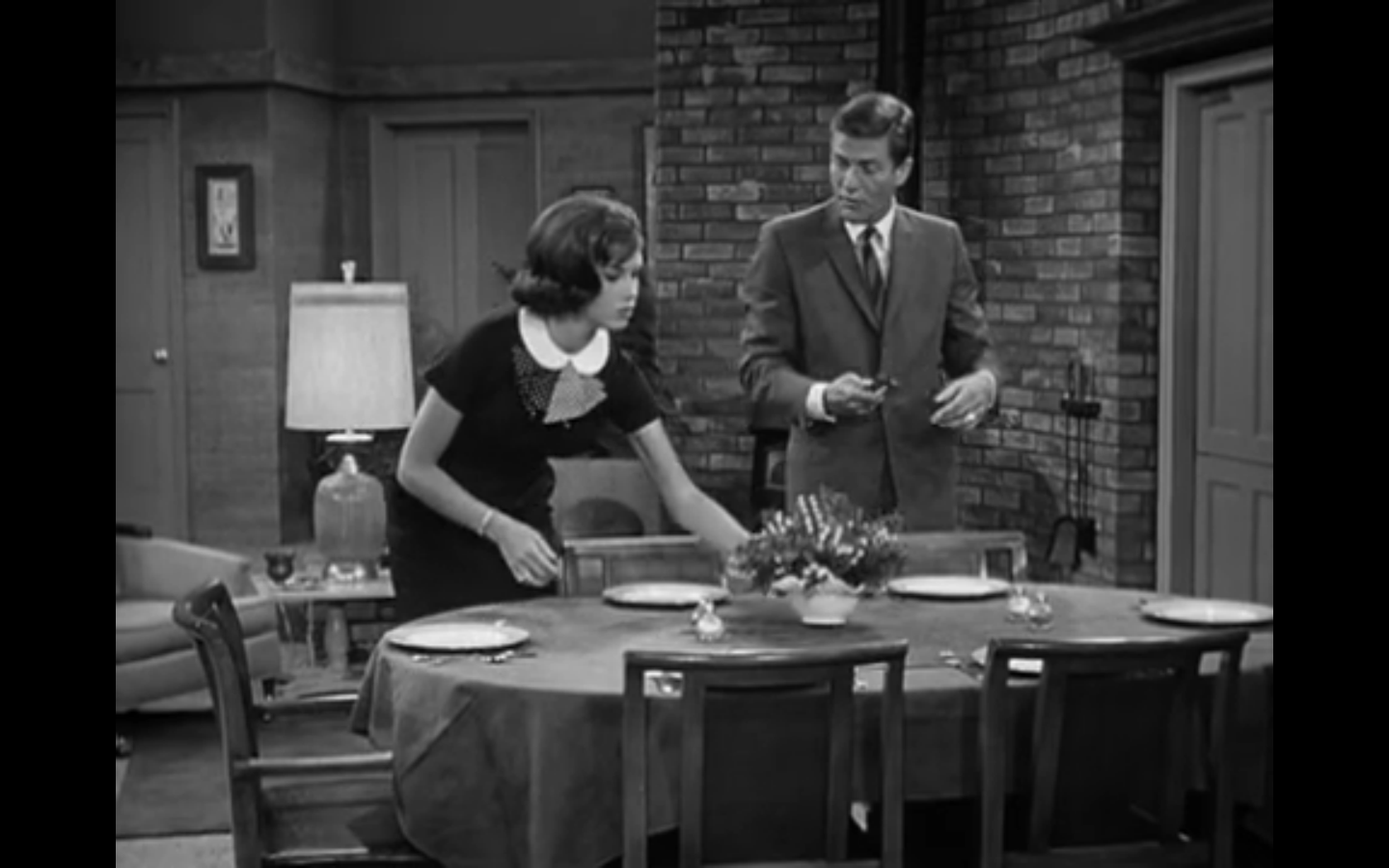 The Dick Van Dyke Show – S1 Ep2 – My Blonde-Haired Brunette