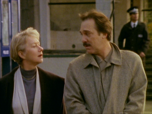 "Helen Mirren as Jane Tennison and Stuart Wilson as Patrick Schofield, Prime Suspect, ""The Scent of Darkness"""