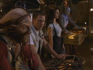 "Anthony Simcoe as Ka D'Argo, Ben Browder as John Crichton, Claudia Black as Aeryn Sun, Virginia Hey as Zhaan, Farscape, ""PK Tech Girl"""