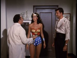 Moreno talks to Wonder Woman and Steve