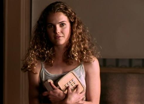 Felicity ep 1 phone